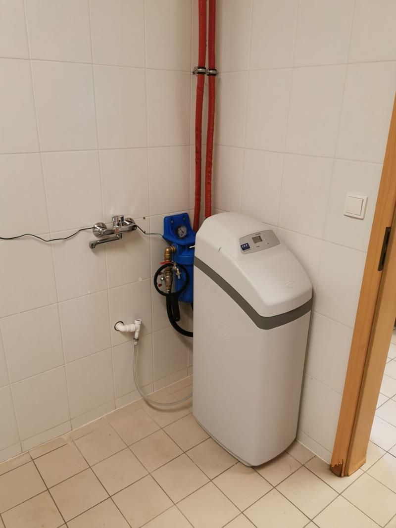 Zmiękczacz wody ECOWATER Comfort 500 dla domu jednorodzinnnego - montaż w Trzebunia